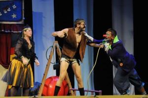 Representación del grupo teatral 'Cuarta Pared'