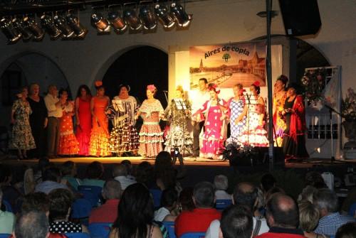 Foto del grupo en el escenario