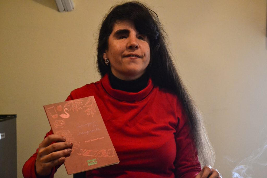 """""""No me arriesgaría a vivir sin leer y sin incentivar la literatura"""", sostiene la poeta hispano-argentina"""