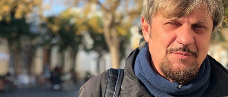 Teo Domínguez concibe el teatro como una forma de compromiso social