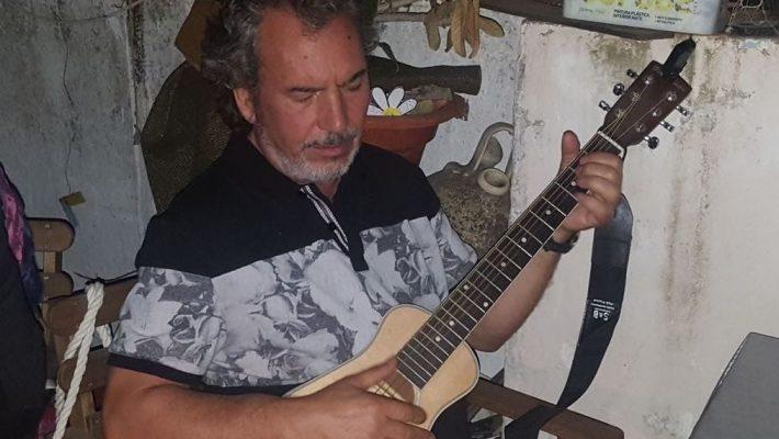"""""""La música puede ser maravillosa pero también puede ser un infierno"""", afirma Julio Cuder"""